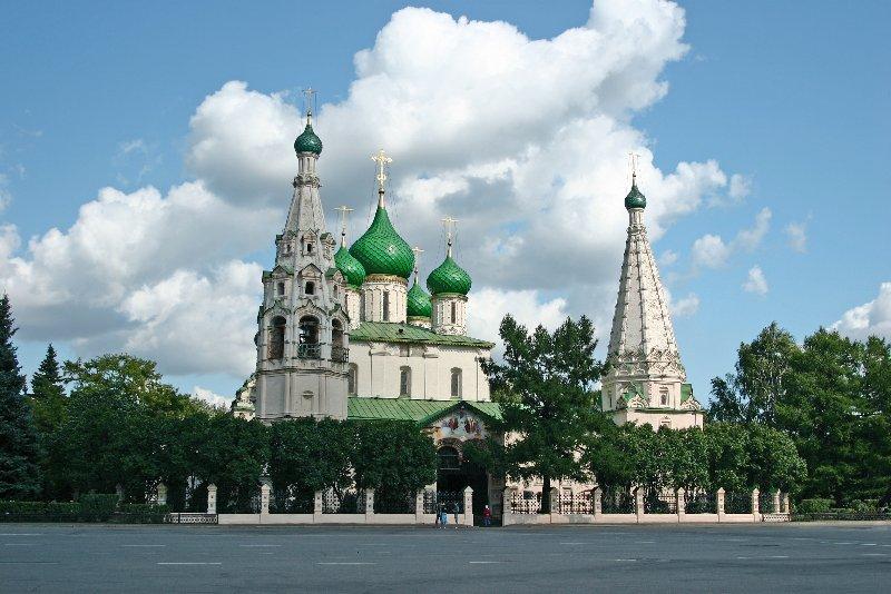 Многодетная православная семья и прихожане отметили Престольный праздник - пророка Илии в Храме Илии Пророка